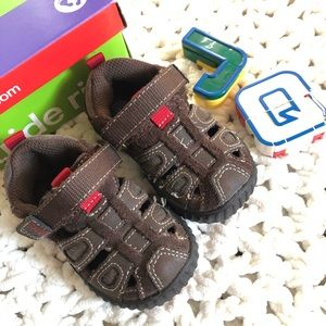 Stride Rite churchill brown baby shoes size 4